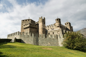 Aosta, Castello Fenis
